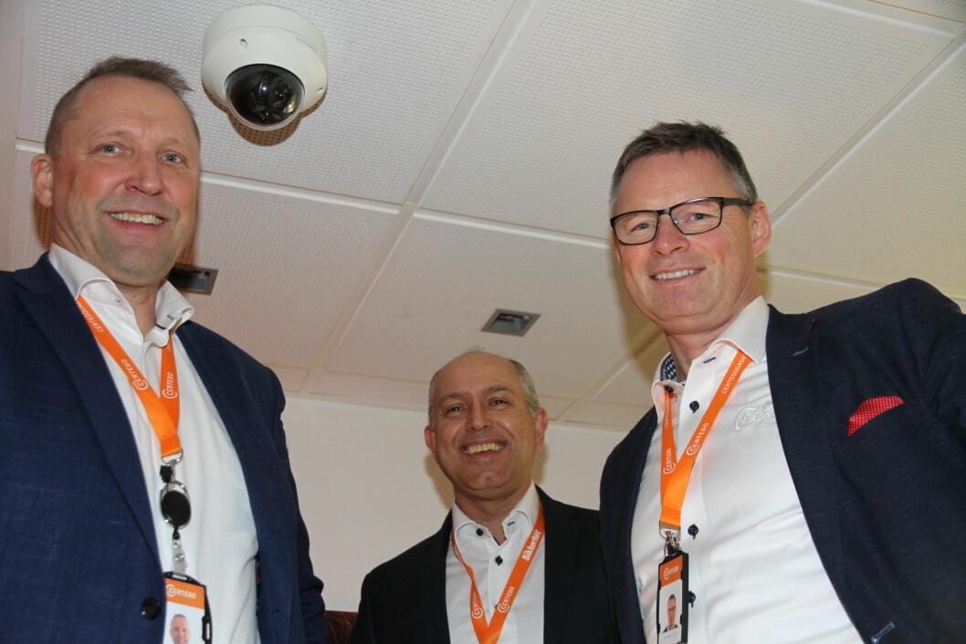 Certego satser på mer enn lås fremover: – Vi skal bli en komplett leverandør av sikkerhetssystemer, sier Rolf Gunnar Reisænen, Knut Willy Rydz Larsen og nytilsatt forretningsutvikler Olav Magne Olsen (foto: Even Rise).
