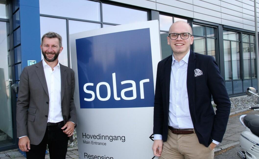 Svein Haakon Land-Hagen (t.v.) er tilbake i sikkerhetsbransjen, som en sentral aktør i sikkerhetssatsingen i Solar Norge AS. – Vi vil nå være mer som en samarbeidspartner enn en logistikkpartner for sikkerhetsbransjen, sier Thomas Skovli (foto: Even Rise).