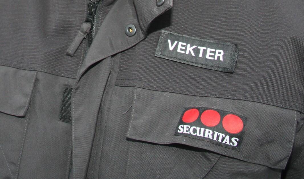 En mann er dømt til fengsel i 27 dager for å ha truet en vekter fra Securitas med kniv