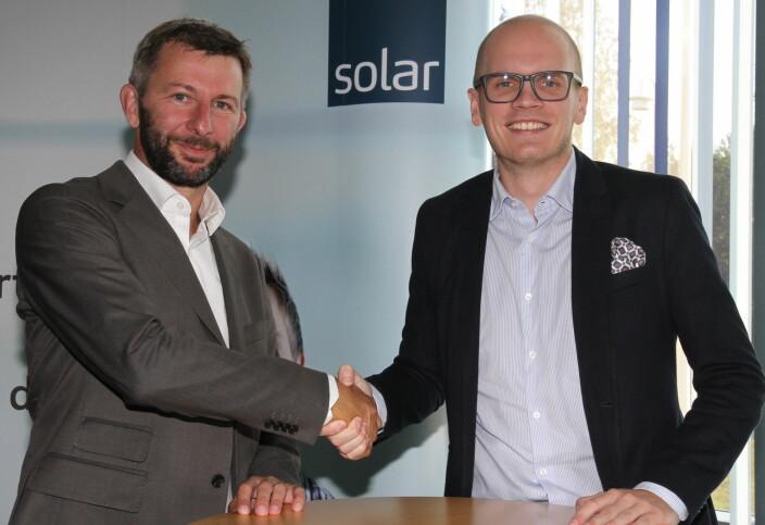 Her er Svein Haakon Land-Hagen sammen med Thomas Skovli da han i fjor høst ble ansatt for å lede sikkerhetssatsingen i Solar Norge. Skovli er direktør for forretningsutvikling.
