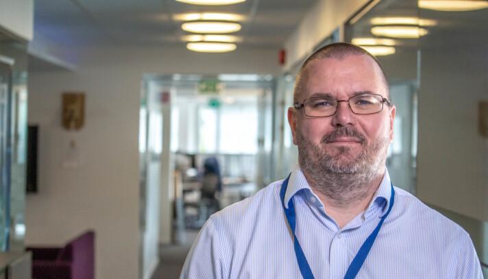 Knut Erik Melstrøm har grunn til å glede seg over seieren i den omfattende anbudskonkurransen om levering av adgangskontroll, TV-overvåking og innbruddsalarm til samtlige politi-bygg.
