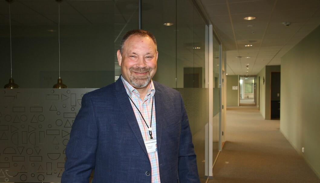 Sikkerhetsrådgiver Per Øyvind Seeberg konstaterer at vekterstreiken fører til investeringer i tekniske løsninger som kan gå på bekostning av fremtidig behov for manuelle vektertjenester.