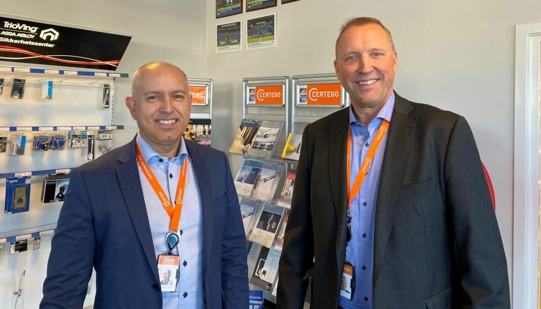 Knut Willy Rydz Larsen og Rolf Gunnar Reisænen i Certego har grunn til å være stolte over bedriftens og kollegenes innsats for å sikre fornyet kontrakt med Statnett.