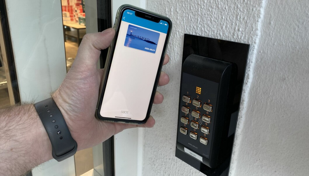 – For oss var det naturlig å tilby Assa Abloy Mobile Access med Arx og digitalisert kortløsning: Kortet ligger i telefonen og fanges opp av kortleseren, som deretter sender det videre til godkjenning i Arx-sentralen, sier Kenneth Furesund.