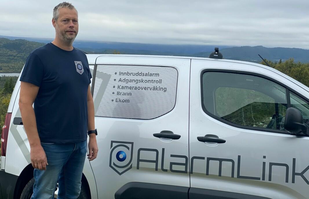 Etter 20 år i Skan-kontroll har Tom Müller Pedersen etablert Alarmlink Oslo AS.